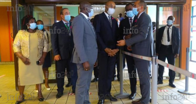 Covid-19: Obiang Ndong vérifie le respect des mesures sanitaires dans les transports