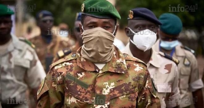 Crise au Mali: L'Union africaine suspend le Mali et appelle à une transition démocratique