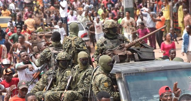 Guinée: La France, l'Union africaine, la CEDEAO, l'ONU condamnent le coup d'état
