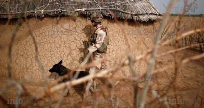 Mali: deux militaires français tués dans l'explosion de leur véhiculé blindé