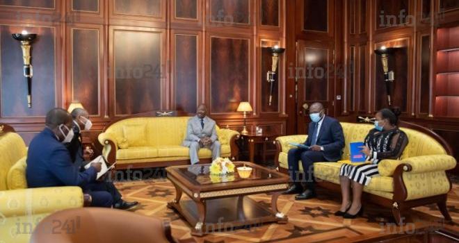 Reprise des cours: Ali Bongo échange avec son ministre de l'Education