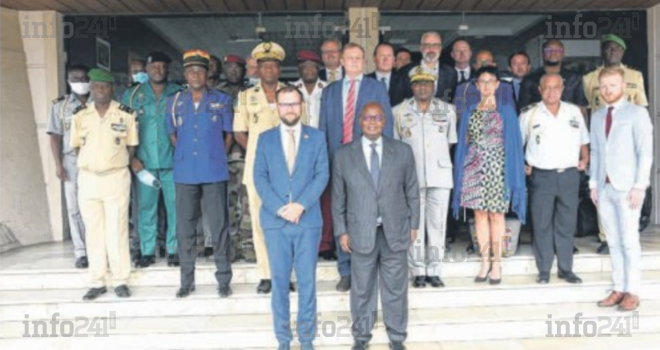 Le Gabon veut étendre sa coopération militaire avec la Tchéquie